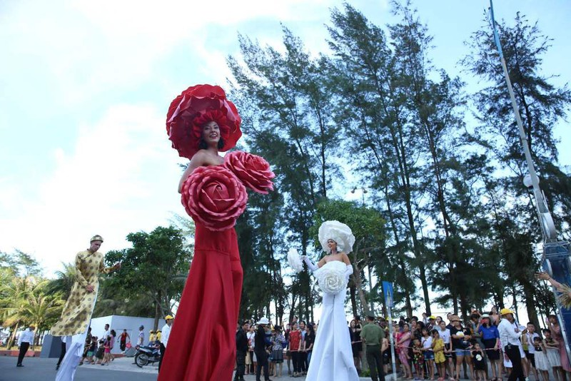 Carnival  khuấy đảo đường phố xứ Thanh  - ảnh 5