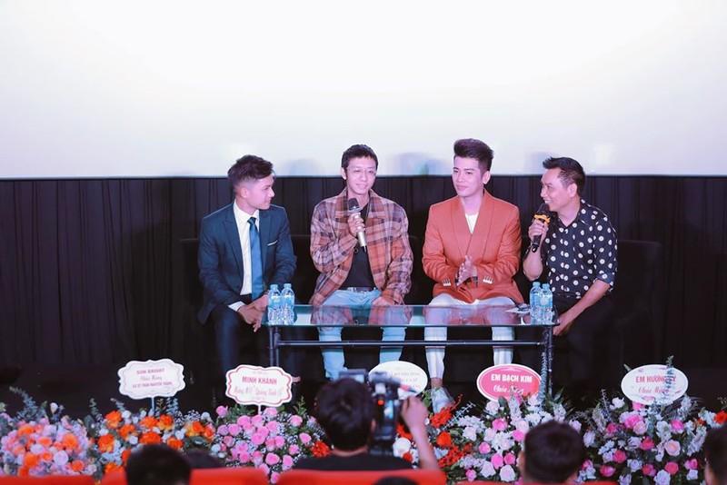 Ca sĩ Trần Nguyên Thắng chia sẻ tại buổi họp báo