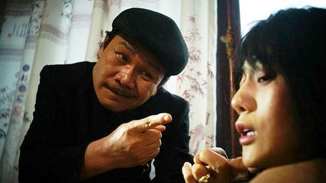 Đóng vai phản diện, NSND Nguyễn Hải bị chặn đường về quê - ảnh 2