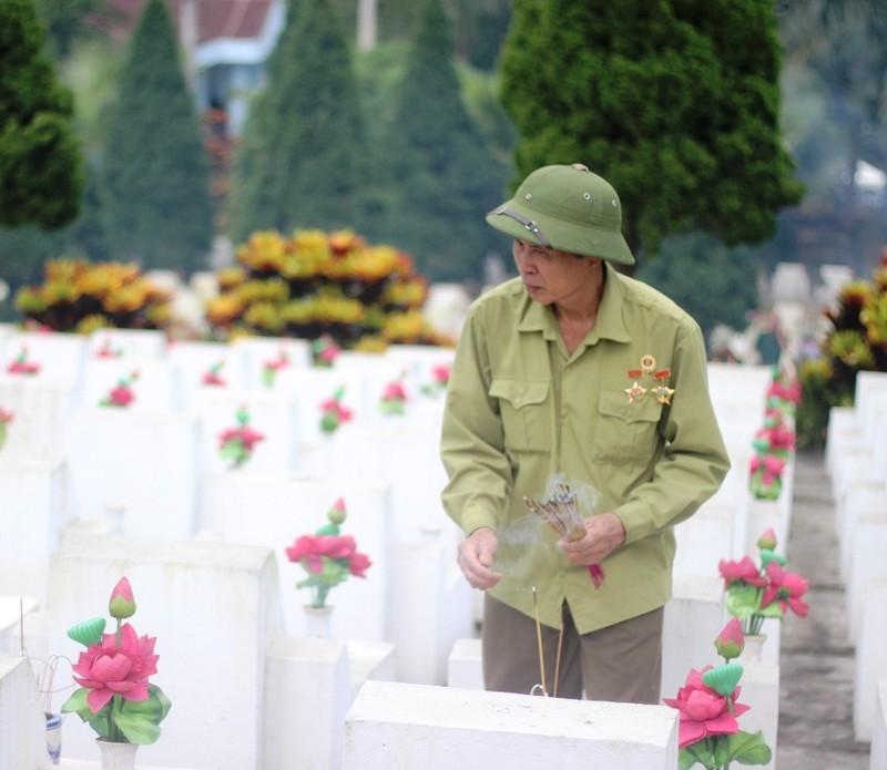 Điều đặc biệt ở tour du lịch thăm Nghĩa trang liệt sĩ Vị Xuyên - ảnh 2