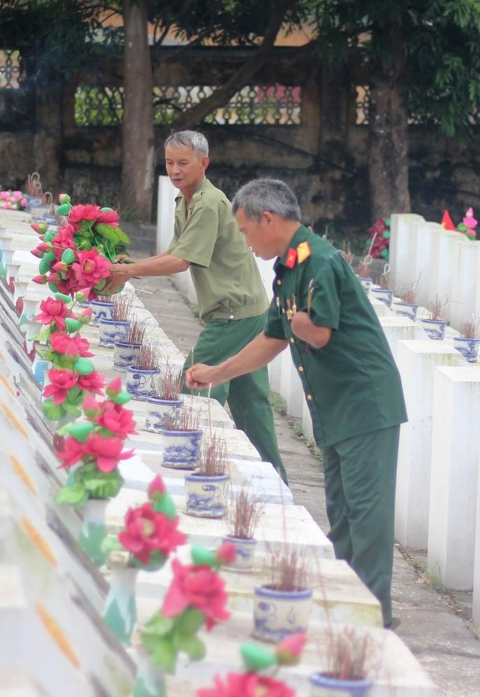 Điều đặc biệt ở tour du lịch thăm Nghĩa trang liệt sĩ Vị Xuyên - ảnh 5