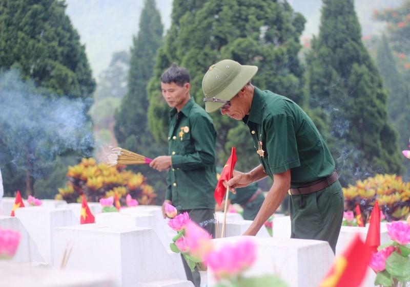 Điều đặc biệt ở tour du lịch thăm Nghĩa trang liệt sĩ Vị Xuyên - ảnh 6