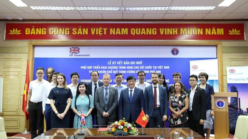 Việt Nam - Anh sẽ triển khai chương trình nâng cao sức khỏe - ảnh 1