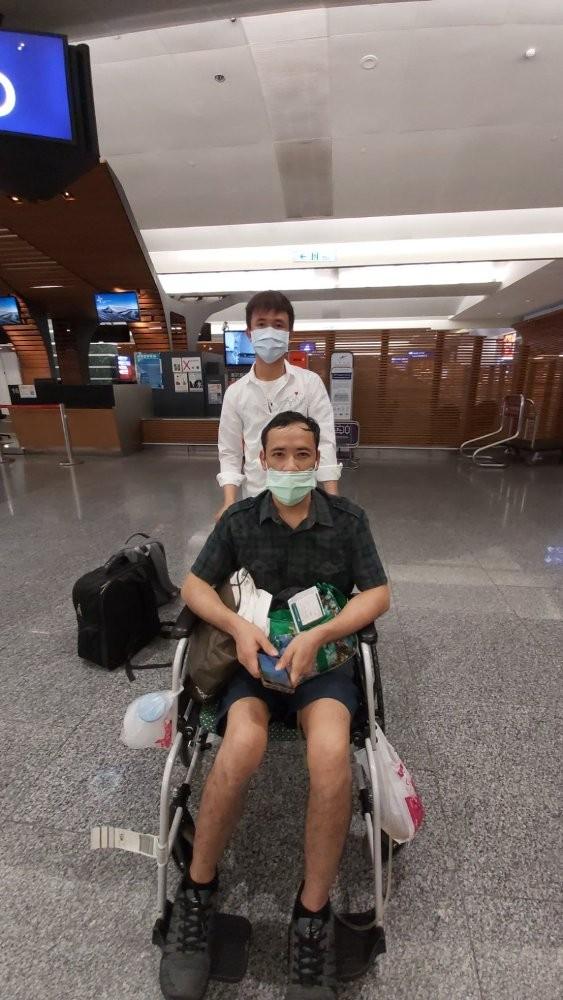 Hơn 300 công dân Việt Nam từ Đài Loan về nước - ảnh 1