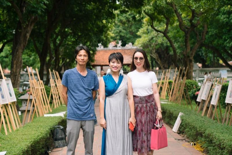 Giám đốc Nhà hát Nhạc vũ kịch Việt Nam triển lãm tranh - ảnh 3