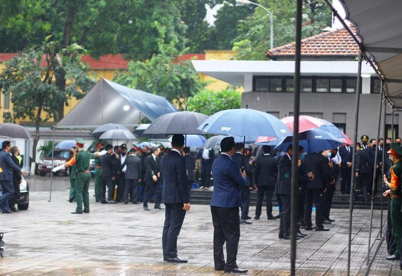 Nhiều lãnh đạo đến viếng nguyên Tổng Bí thư Lê Khả Phiêu  - ảnh 1
