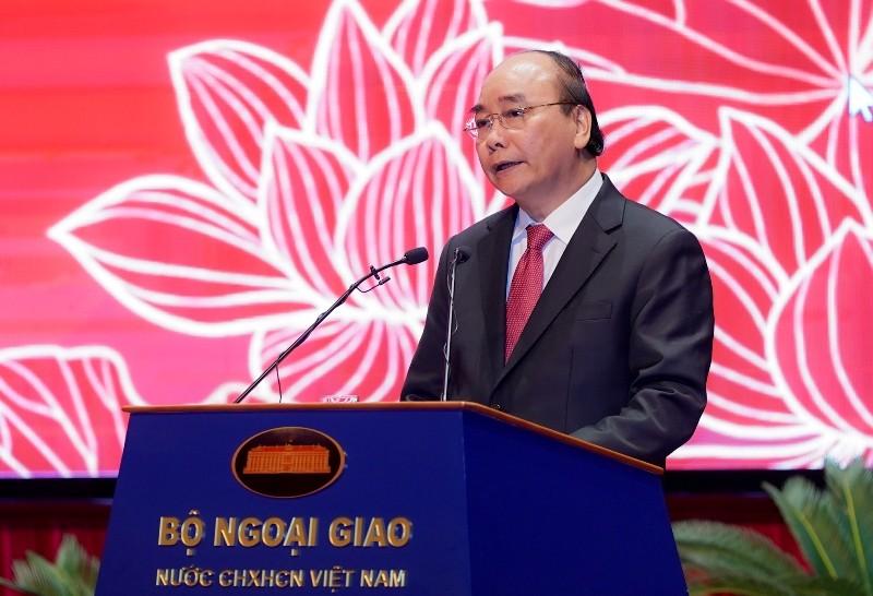 Thủ tướng: Phải đặt lợi ích quốc gia, dân tộc lên trên hết - ảnh 1