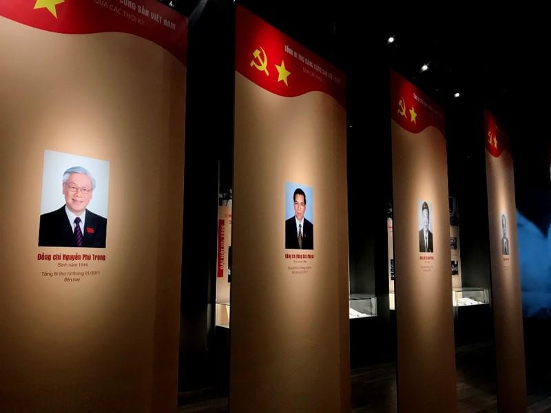Trưng bày tư liệu về Đảng Cộng sản Việt Nam  - ảnh 4