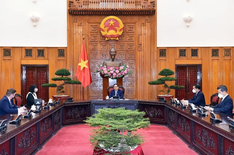 Thủ tướng cảm ơn và đề nghị Rumani tiếp tục hỗ trợ Việt Nam vaccine  - ảnh 1
