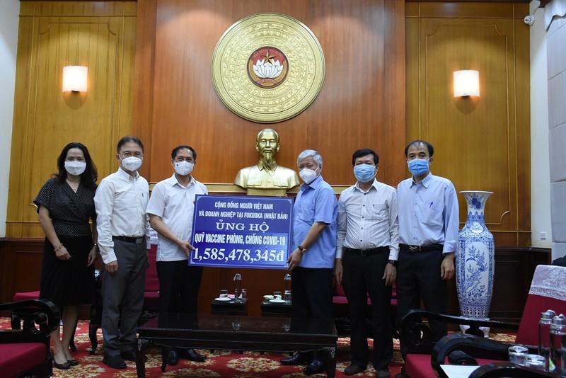 Cộng đồng người Việt Nam ở nước ngoài ủng hộ 3 tỉ phòng, chống dịch - ảnh 1