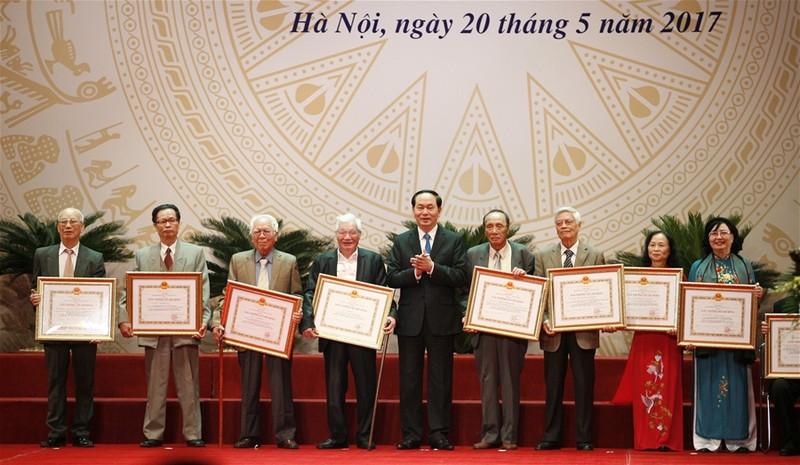 Trao Giải thưởng Hồ Chí Minh cho 113 tác giả - ảnh 1