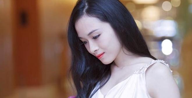 Trương Hồ Phương Nga đã làm điều rất khó tin trong showbiz Việt