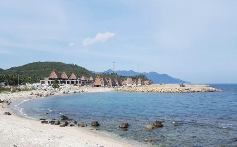 Phạt 105 triệu đồng chủ dự án lấp lấn vịnh Nha Trang - ảnh 1
