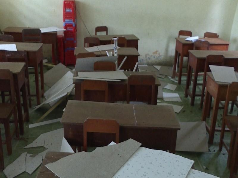 Sập la phông, 20 học sinh bị thương - ảnh 2