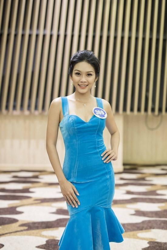 Cẩm Tú - con gái Kiều Trinh khoe dáng nóng bỏng - ảnh 5