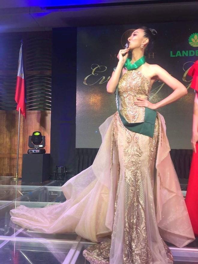 Hà Thu 'ẵm' giải đồng Trang phục dạ hội tại HH Trái đất - ảnh 5