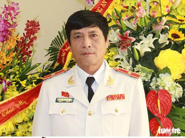 Bắt tạm giam nguyên cục trưởng Cục Cảnh sát phòng chống tội phạm công nghệ cao - Ảnh 1.
