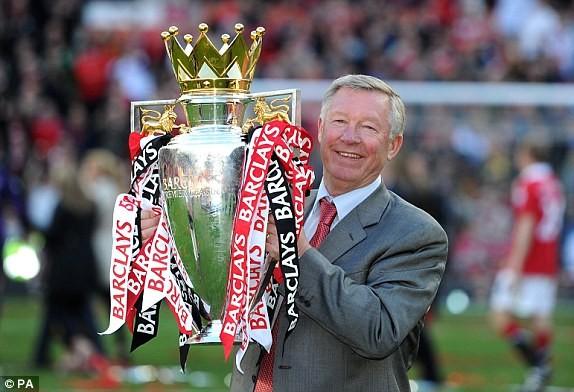 Sự nghiệp huy hoàng của huyền thoại Sir Alex Ferguson - ảnh 1
