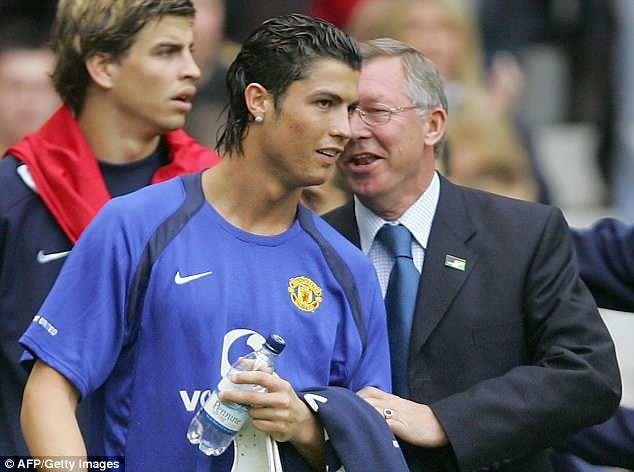Sự nghiệp huy hoàng của huyền thoại Sir Alex Ferguson - ảnh 4