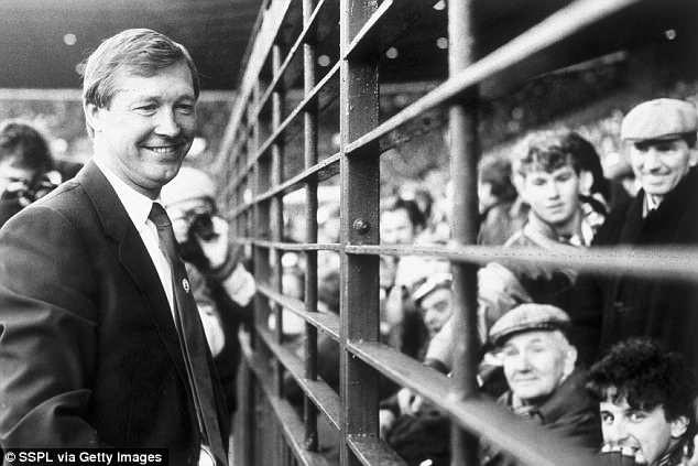 Sự nghiệp huy hoàng của huyền thoại Sir Alex Ferguson - ảnh 2