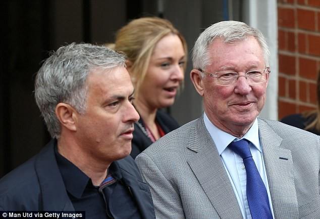 Sự nghiệp huy hoàng của huyền thoại Sir Alex Ferguson - ảnh 7