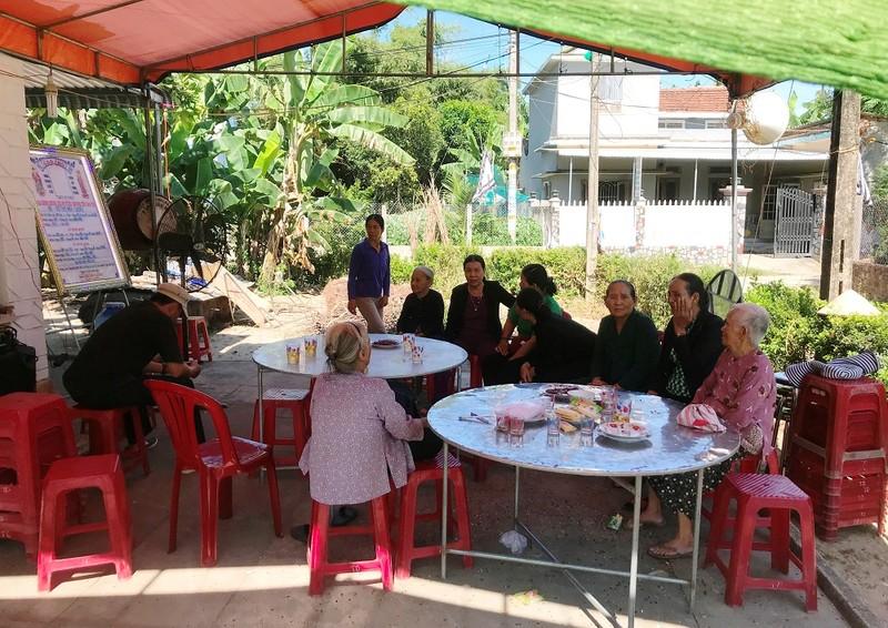 Góc tối sau vụ án con gái giết mẹ ở Quảng Ngãi - ảnh 2