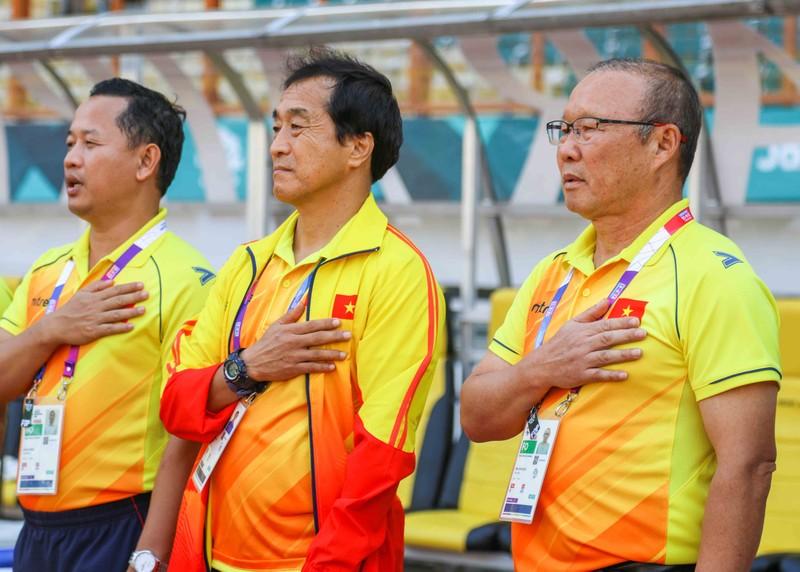 Nhật Bản lo ngại Việt Nam, ông Park nói gì về Hùng Dũng? - ảnh 2