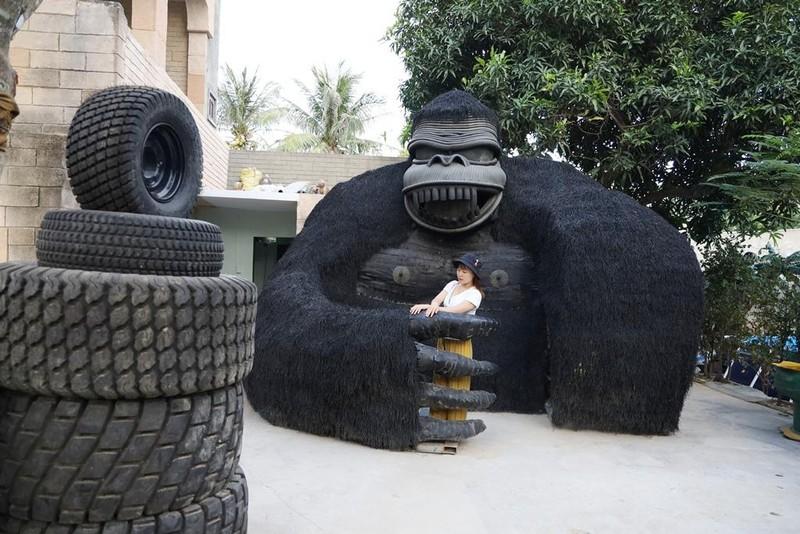 Ngỡ ngàng công viên lốp của 'phù thủy' Nguyễn Văn Phúng - ảnh 4