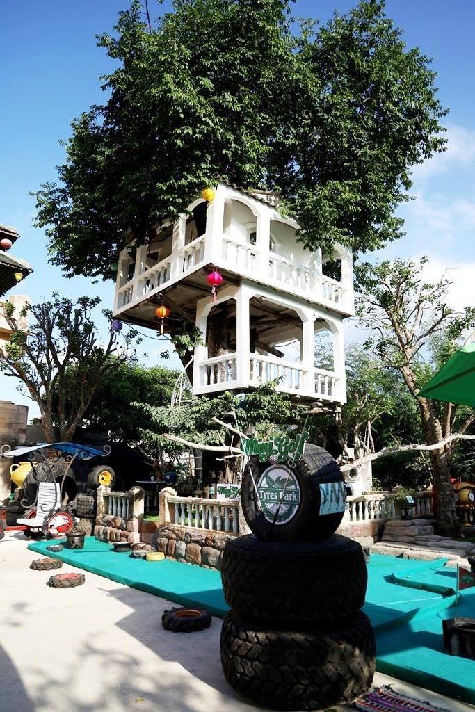 Ngỡ ngàng công viên lốp của 'phù thủy' Nguyễn Văn Phúng - ảnh 1