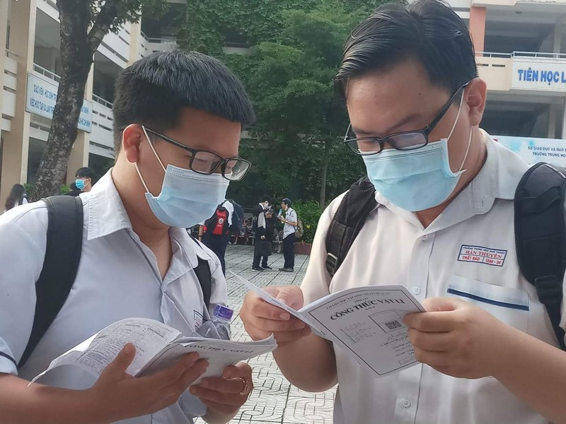 Sáng nay, 10-8, thí sinh dự thi bài thi KHTN và KHXH  - ảnh 2