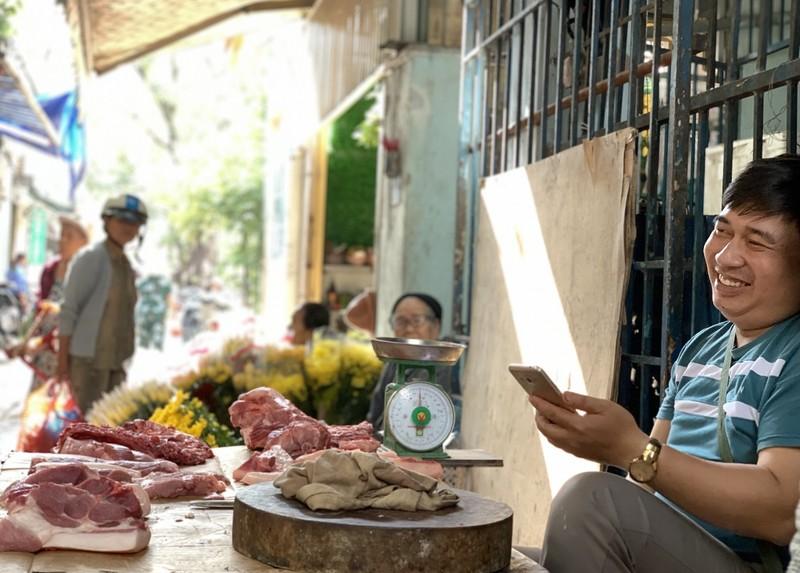 Đi chợ quê từ đầu đến cuối vẫn không thôi chọn món  - ảnh 1