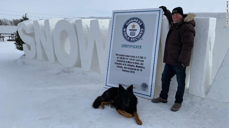 Cận cảnh mê cung tuyết khổng lồ phá kỷ lục thế giới - ảnh 2