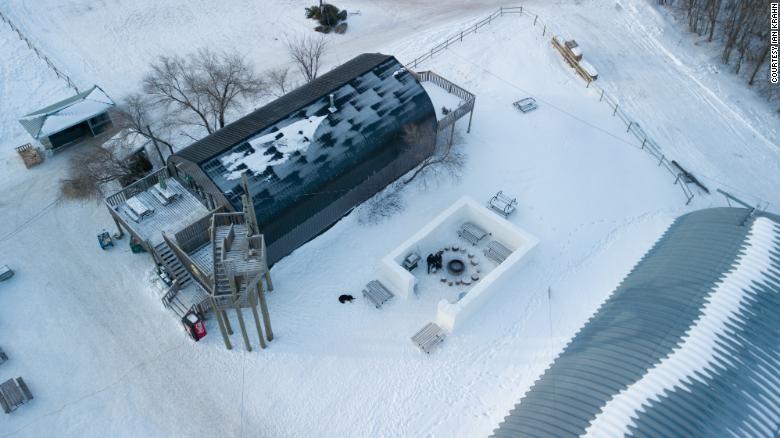 Cận cảnh mê cung tuyết khổng lồ phá kỷ lục thế giới - ảnh 5