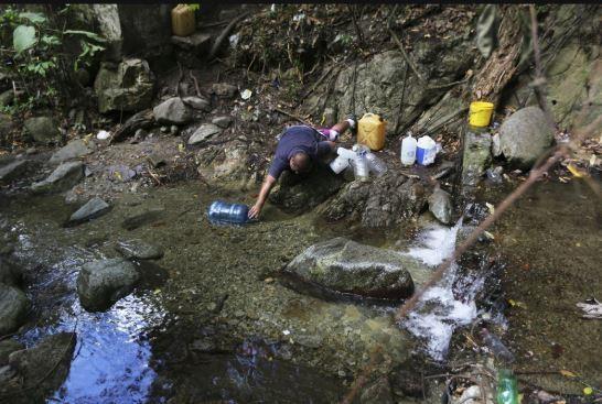 Venezuela: Công viên quốc gia thành nhà tắm công cộng - ảnh 3