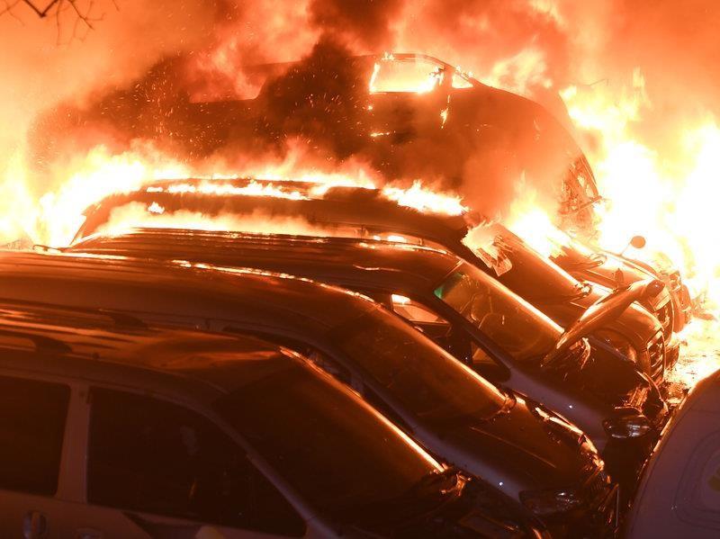 Cháy rừng dữ dội, Hàn Quốc ban bố tình trạng khẩn cấp - ảnh 1