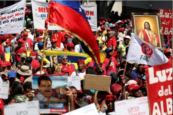 Người dân Venezuela biểu tình đòi điện và nước sinh hoạt - ảnh 3