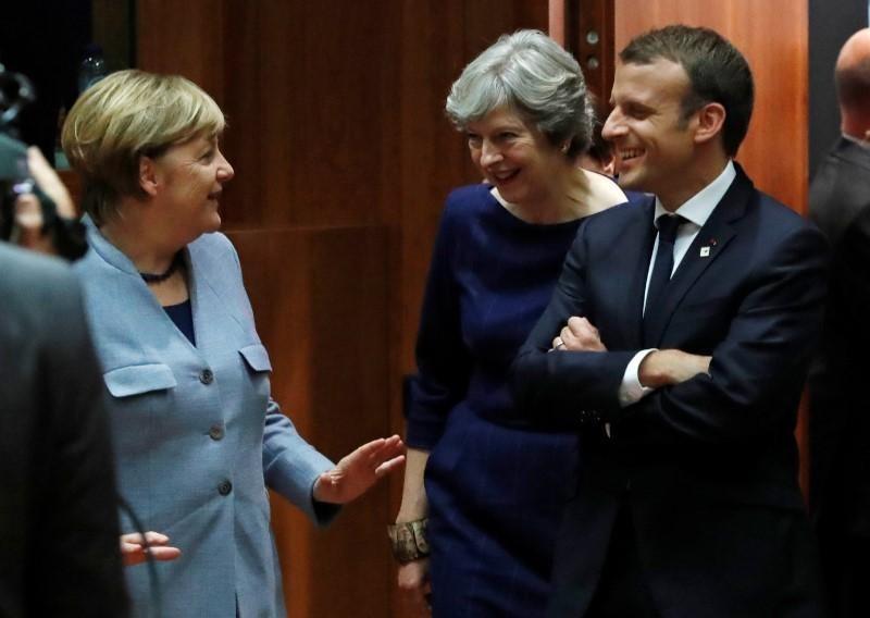 Thủ tướng May gặp lãnh đạo Pháp, Đức trước thềm Brexit - ảnh 1