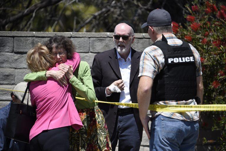 Nam thanh niên 19 tuổi xả súng ở giáo đường California - ảnh 1