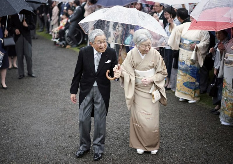 Loạt ảnh về cuộc đời của Nhật hoàng Akihito - ảnh 22