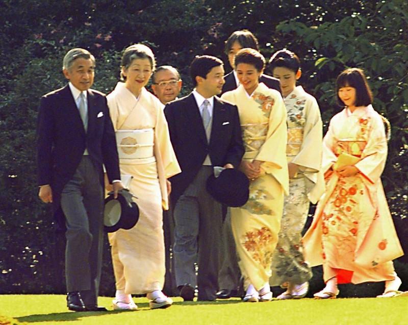 Loạt ảnh về cuộc đời của Nhật hoàng Akihito - ảnh 16