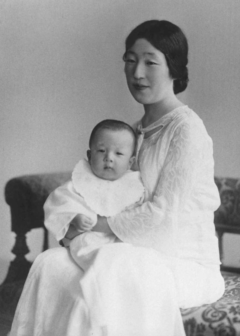 Loạt ảnh về cuộc đời của Nhật hoàng Akihito - ảnh 1