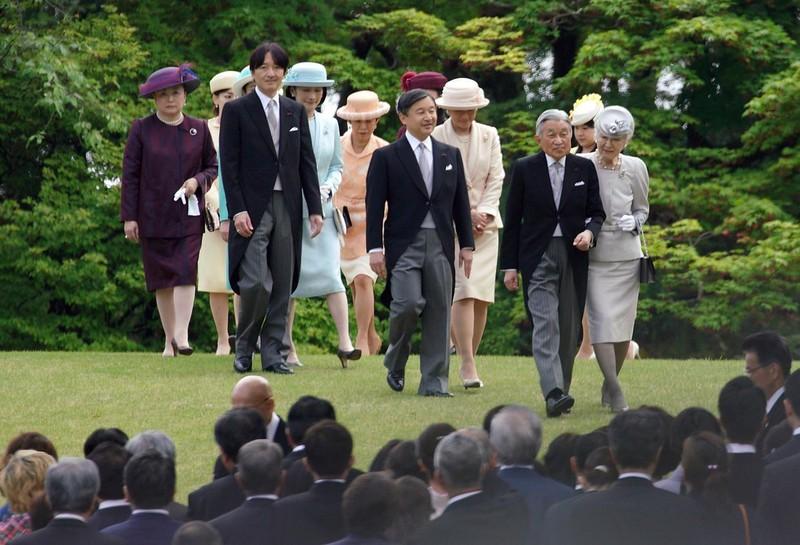 Loạt ảnh về cuộc đời của Nhật hoàng Akihito - ảnh 21
