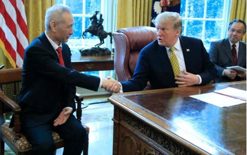 Ông Trump tuyên bố tiếp tục đánh thuế nặng hàng hóa Trung Quốc - ảnh 2
