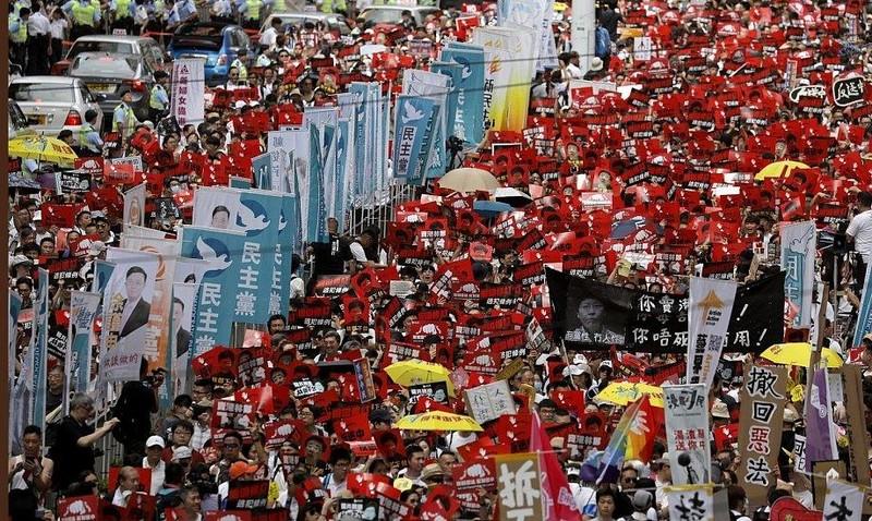 1 triệu dân Hong Kong chống dự luật dẫn độ sang Trung Quốc - ảnh 2