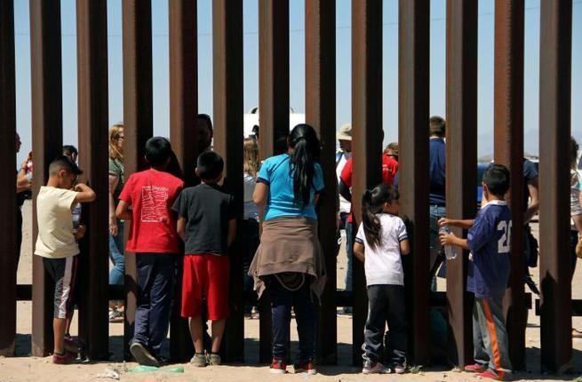 Hạ viện Mỹ miễn cưỡng thông qua Dự luật biên giới - ảnh 2
