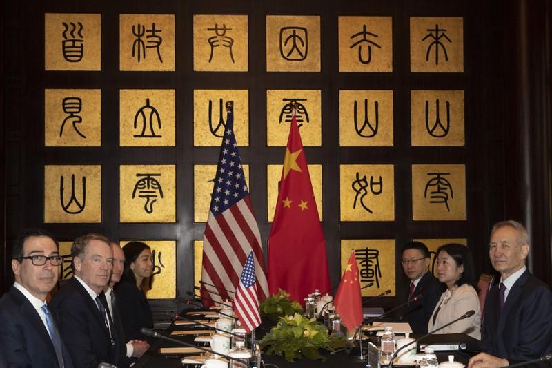 Ông Trump lại bất ngờ tuyên bố áp thuế hàng hóa Trung Quốc - ảnh 1