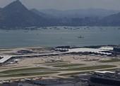 Hong Kong hủy 100 chuyến bay giữa căng thẳng biểu tình - ảnh 1