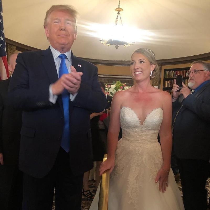 Xả súng liên hoàn ở Mỹ: Ông Trump vẫn đi chơi gôn - ảnh 1
