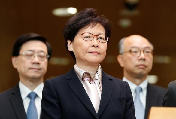 Đặc khu trưởng Hong Kong kêu gọi duy trì trật tự và luật pháp - ảnh 1