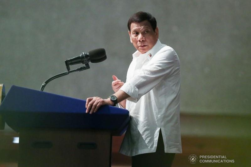 Viện dẫn vi hiến, ông Duterte nói không với tên lửa Mỹ - ảnh 1
